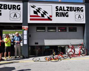 Tretroller und Inlineskater am Salzburgring - praktisch lautlos!
