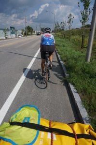 am Weg nach Quebec-City, Quebec: Denis fährt vor mir