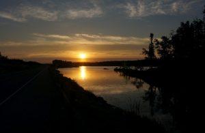 Sonnenaufgang am Willard Lake