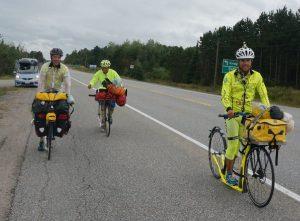 wir Drei zwischen Massey und Espanola, Ontario